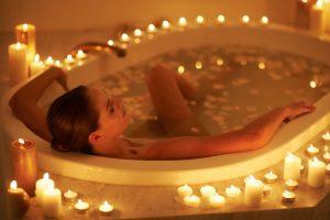Kąpiel przy świecach