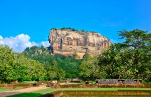rs2058_fotolia_76664402_subscription_l-lpr-sri-lanka-2